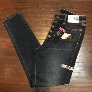 Button Up Jeans